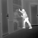 XDVR-XP Micro DVR thermal image man breaking into warehouse