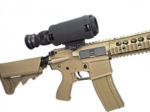 The T14X thermal rifle scope mounted on an M4 carbine.
